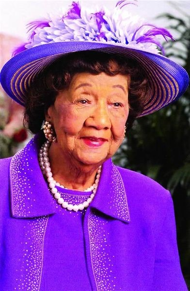 dorothy height Dorothy height, self: before the memories fade: voices from the civil rights movement dorothy height was born on march 24, 1912 in richmond, virginia, usa as dorothy irene height.